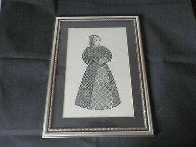BEAUTIFUL WORKMANSHIP Needle Point Work Tudor Queen Framed Picture