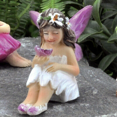 Miniature Dollhouse FAIRY GARDEN - Tiny Fairy Mari - Accessories