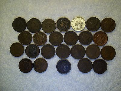 1828 - 1854 Large Cents  lot of 25 coins well circulated #17.199.139