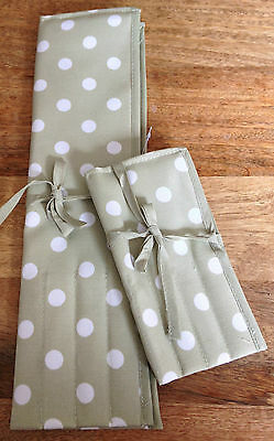 KNITTING NEEDLE PIN AND CROCHET HOOK ROLL CASE Soft Green Spot GREAT PRICE