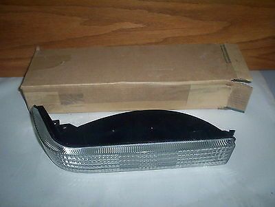 Chrysler Mopar 56005099 Lamp Assembly LEFT Turn Signal & Side Marker