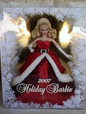 Holiday Barbie 2007 Red Santa Gown Black Lace White Faux Fur NRFB