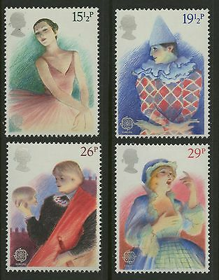Great Britain   1982   Scott # 987-990    Mint Never Hinged Set