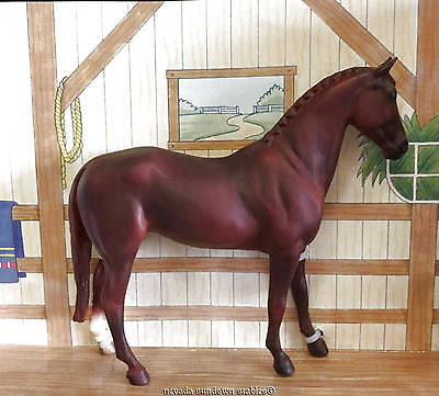 Breyer Collectable Horses Classic Size Dark Red Chestnut Thoroughbred