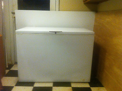 """48"""" Gibson Commercial Heavy Duty Chest Freezer - Used"""