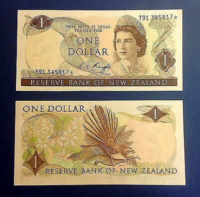 New Zealand Replacement Star Banknote's Type 1 $1 Knight Y91* - UNC. CV = NZ$45.