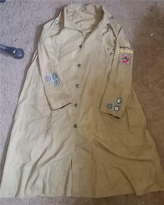 1918-1928 Girl Scout KHAKI UNIFORM - with Grey Green Badges
