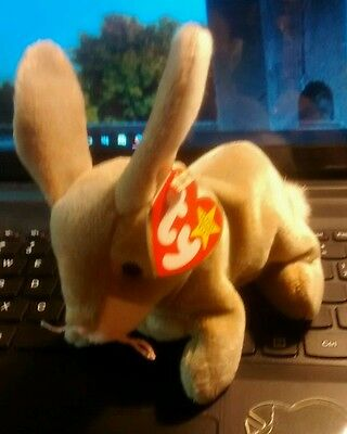 """ESTATE:  TY Beanie Babies """"NIBBLY"""" THE RABBIT with Errors - Mint Condition!"""