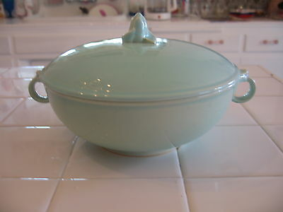 Rare Taylor Smith Taylor TS&T LuRay Pastels Green Covered Casserole Dish