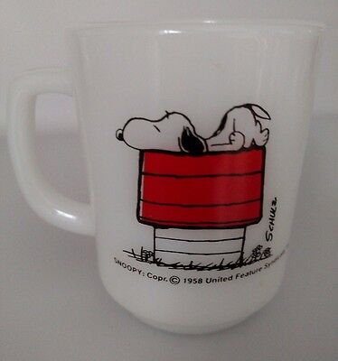 Vintage Anchor Hocking Fire King Milk Glass Coffee Mug Cup Peanuts Snoopy