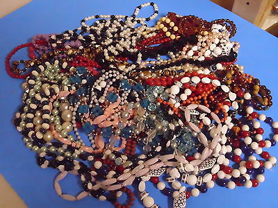 Mixed Lot Of 34 Costume Jewelry Necklaces Working