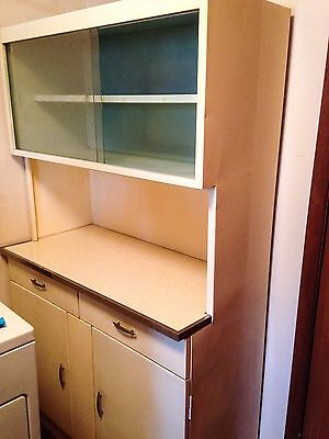 Post 1950 cabinets cupboards furniture antiques for Antique white metal kitchen cabinets