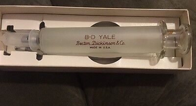 Vintage B-D Yale USA Glass Syringe 20cc Multi fit Stainless Tip 2313