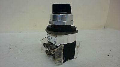 Allen-Bradley 800T-J2 3-Position Selector Switch With Contact Blocks, Series T