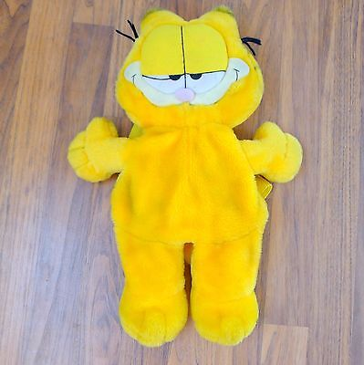 Authentic vintage Garfield plush backpack. Nylon straps and pack.