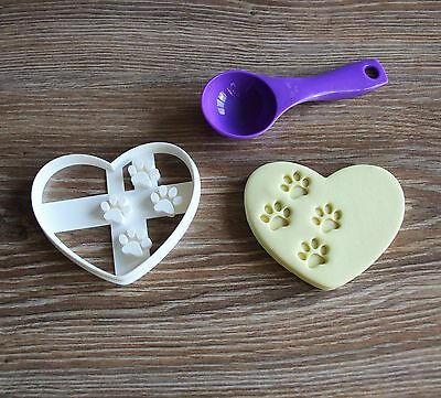 Heart With Paw Prints Cookie Cutter Treat Print