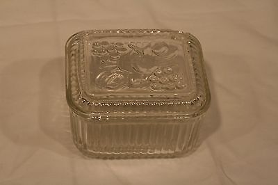 Federal Glass Clear Refrigerator Dish 5 x 4 x 3 with Embossed Fruit Lid Vintage