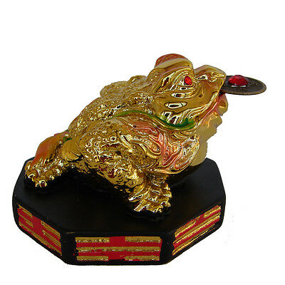 Feng Shui Color Golden Money Frog Satue 3-legged Money Toad Figurine On Ba Gua