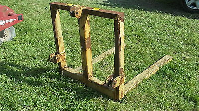 Tractor Pallet Forks rear three point linkage £270 plus vat £324