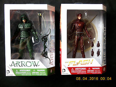 Dc Collectibles The Cw Tv Show The Flash & Arrow Action Figure Set! New!