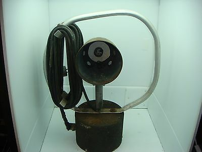 Vintage Portable Hand Held Spot Light Work Light With Base 120 Volt Ac