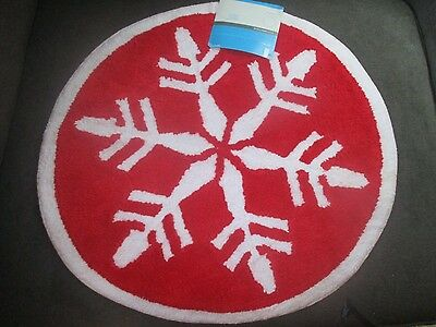 Style Selections Bath Mat Holiday Christmas Bathroom Decor Red Snowflake Round