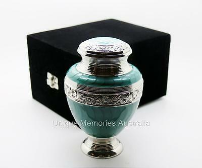 """Solid Brass 6"""" Green Turquoise Cremation Memorial Funeral Urn Up To 16.5 kg NIB"""