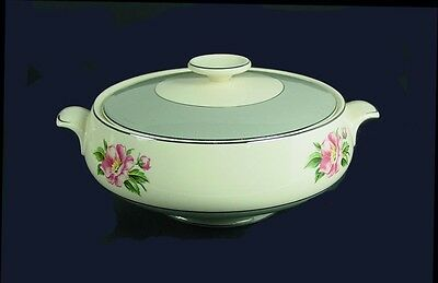 Cavalier Eggshell / Pink Rose / Empire Grey Covered Casserole by Homer Laughlin