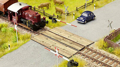Noch TT 14424 Railroad crossing Wooden planks Nip