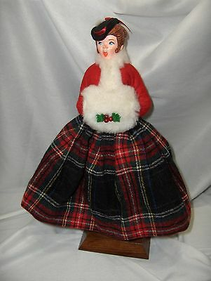 Vintage Simpich Christmas Holiday Muff Lady Caroler 1980 Hand Crafted  NICE
