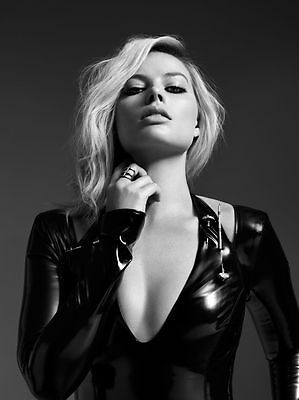 MARGOT ROBBIE  - MULTIPLE SIZES - Hot & Sexy Posters! #004