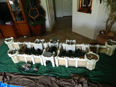 Mage Knight Castle Huge LOT! Towers, Walls, Gatehouses, Keeps. 88 pc. 3D RPG D&D