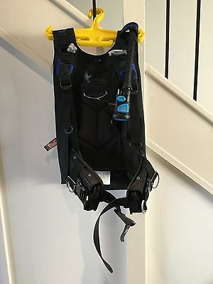 Scubapro Litehawk BCD, Black (M/L) with Atomic Aquatics SS1 Safe Second
