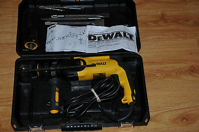 Dewalt D25114K 26mm Heavy Duty SDS-Plus Combination Hammer w/ Quick Change Chuck