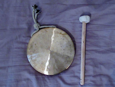 """Gong, smaller gongs. 6"""" 1/2 inches (16cm) in diametre"""