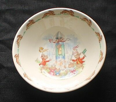 Vintage ROYAL DOULTON BUNNYKINS Bone China SPACEROCKET LAUNCH Coupe Cereal Bowl