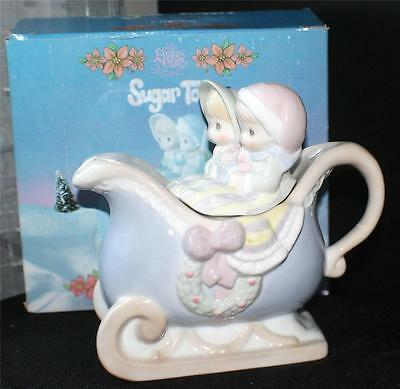 NIB 1994 Enesco Precious Moments SUGAR TOWN Series COUPLE IN SLEIGH TEAPOT