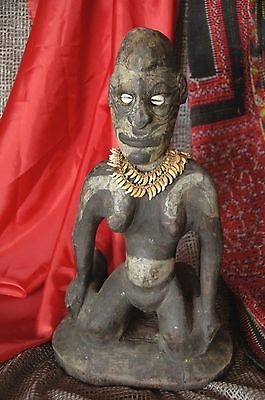 "Old Papua New Guinea Carved Wooden Figure ""Papuan Woman"" …with ceremonial neckla"