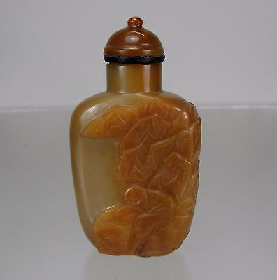 Late 19th Century Carved Agate Snuff Bottle - Man and Tiger