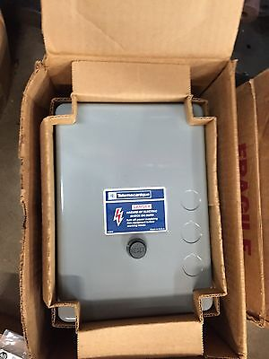 Telemecanique 2201Iceb230Bb 2201-Iceb230Bb Magnetic Starter W/ Enclosure  *New*
