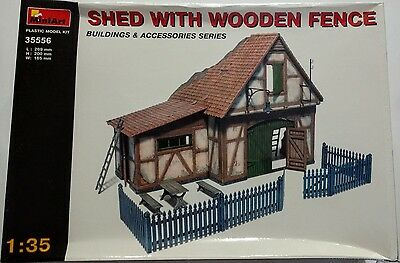 MiniArt - Shed with Wooden Fence  - 1/35 - 35556 - New but Box Damaged