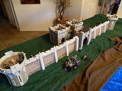 Mage Knight Castle Huge LOT! Towers, Walls, Gatehouses, Keeps. 35 pc. 3D RPG D&D