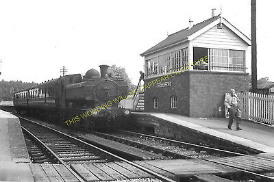 Clutton Railway Station Photo. Pensford - Hallatrow. Bristol to Radstock. (11)