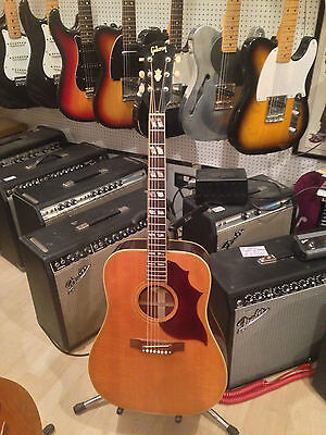 Vintage 1968 Gibson Country And Western acoustic guitar blonde nice hummingbird