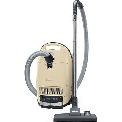 Miele Complete C3 Family All-Rounder Vacuum Cleaner C3 FAMILY ALL-ROUNDE