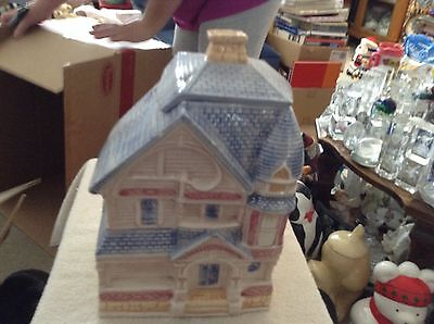 Victorian house ceramic cookie jar