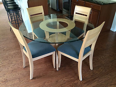 Marshall Field's Contemporary Dining Room Table and 4 Side Chairs. Local pickup.