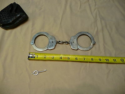 Vintage Peerless Handcuffs with key + tex shoemaker leather case restraints
