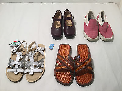 Lot Of 4 Girls Mixed Sandals And Shoes - 30 / 31 Size - Vr