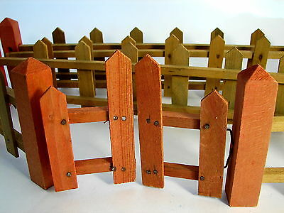 ANTIQUE LARGE WOODEN PICKET FENCE w GATE FOR TREE, PUTZ SETTING OR XMAS GARDEN